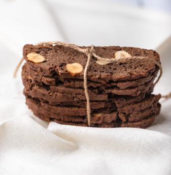 Chocolate Hazelnut Biscotti (with egg)